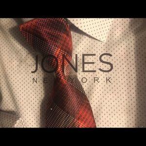 Jones New York Signature Dress Shirt and Tie